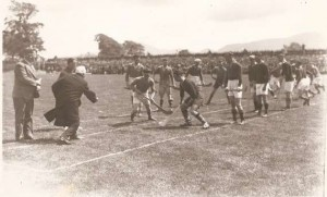The throw in, 1937.